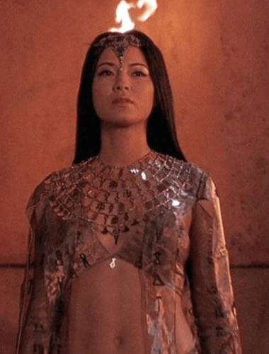 Known/Unknown Facts of 'Arrow' Star Kelly Hu