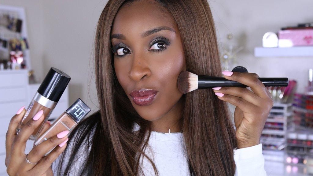 Jackie Aina beauty influencer