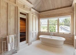 Beyonce Hampton Hosue bathroon