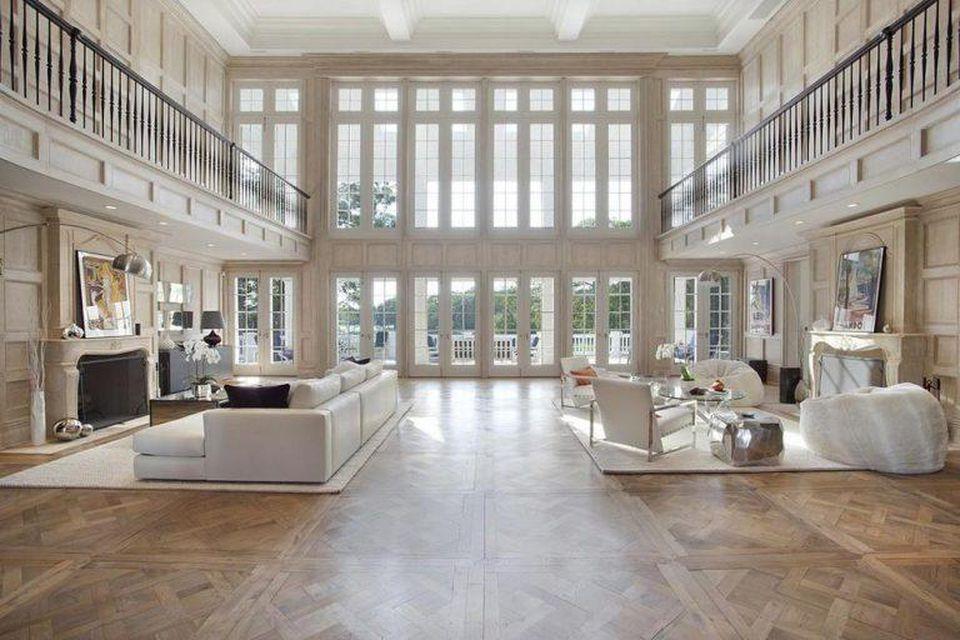 Beyonce House hall in Hampton