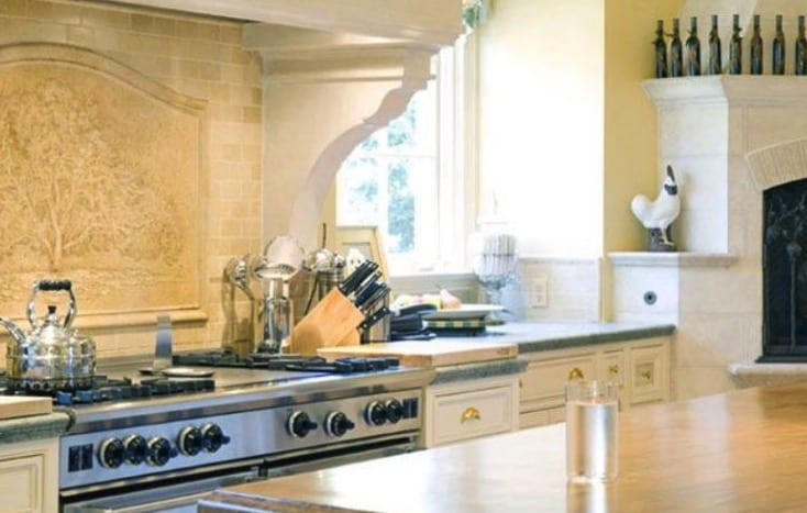 Oprah Winfrey House kitchen