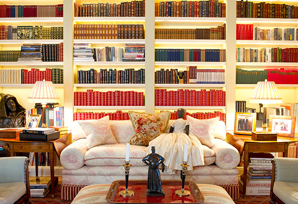 Oprah Winfrey House library