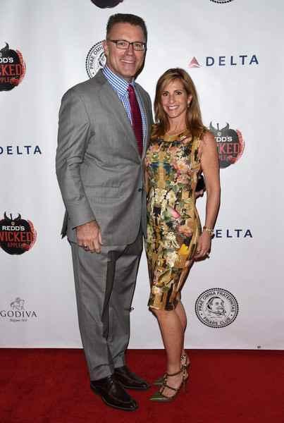 Howie Long with wife Diane Addonizio