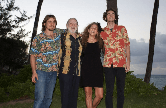 Annie dangelo's with her two son and husband willie nelson