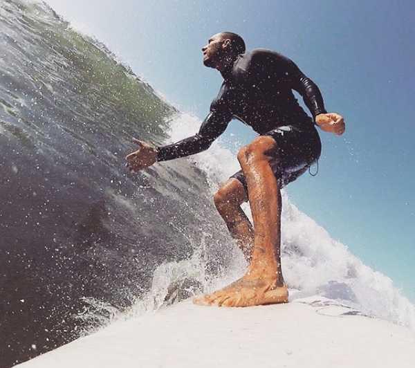 Clement Giraudet enjoying on surfing