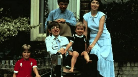 stephen hawking with his family ex wife jane, robert, lucy, and tim