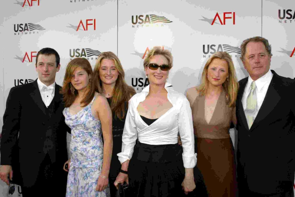 Don Gummer with his wife Meryl and kids Henry, Mamie, Grace, Louisa